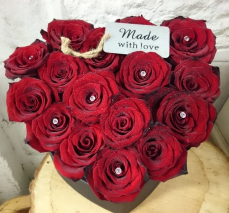 RED ROSE HEART HAT BOX